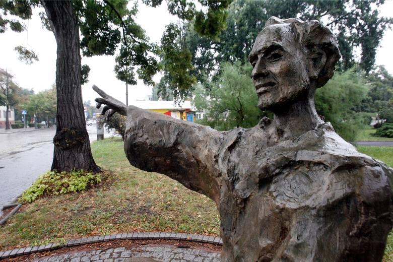 Głogowczyk zasłużył się w Krakowie, a pomnik ma w Głogowie
