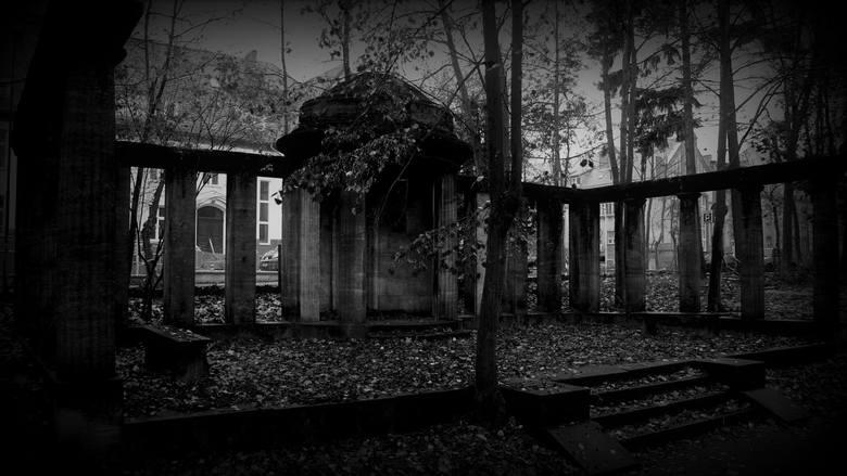 Grobowiec Georga Beuchelta w zielonogórskim Parku Tysiąclecia