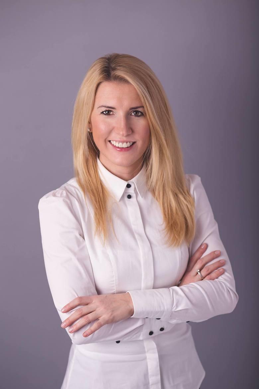 Hanna Kurij-Kapała od siedmiu lat prowadzi własną firmę, została prezesem zarządu Agora Nieruchomości Toruń. Zarządza dziesięcioma osobami
