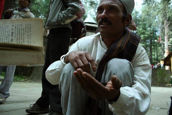 Podróz po Indiach<br /> Sprzedawca szafranu. Manali, Himachal Pradesh.