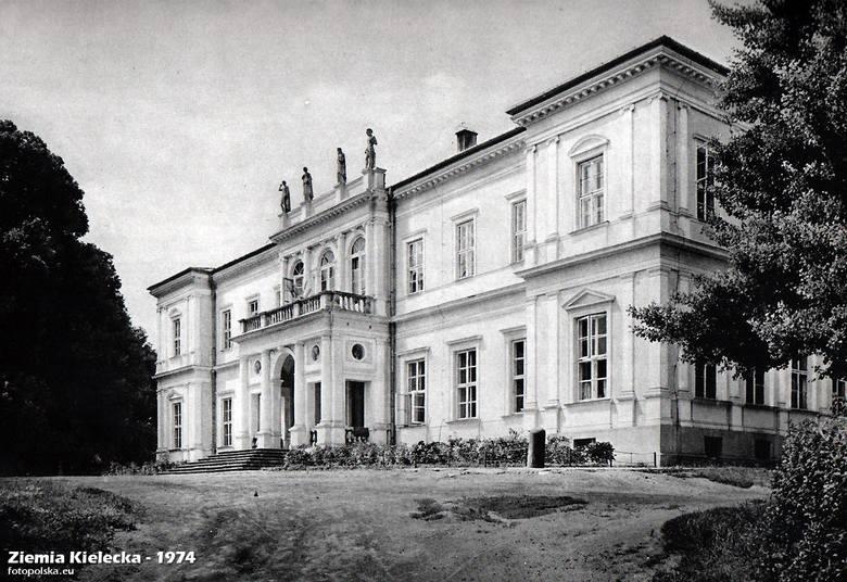 Pałac Wielopolskich w Chrobrzu to jedna z perełek zabytkowych i architektonicznych powiatu pińczowskiego. Autorem projektu pałacu, architektem był Henryk