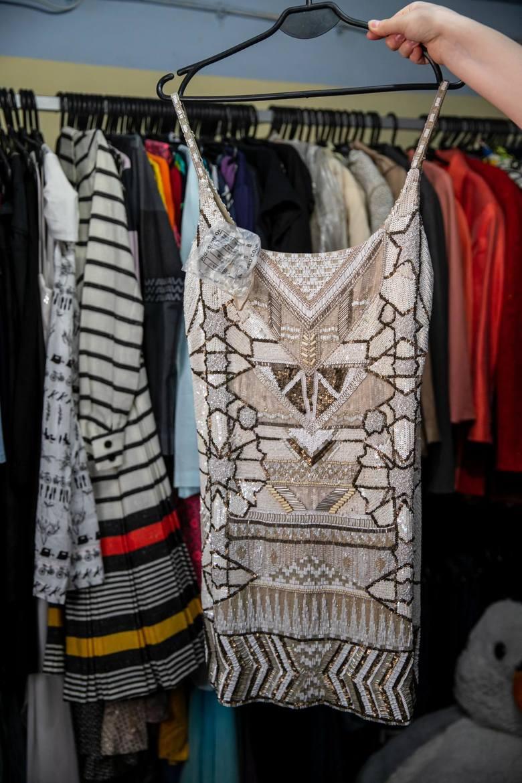 Wiktoria i Daniel to królowie lumpeksów! Sprzedając używaną odzież, potrafią zarobić 8,5 tys. zł w jeden dzień