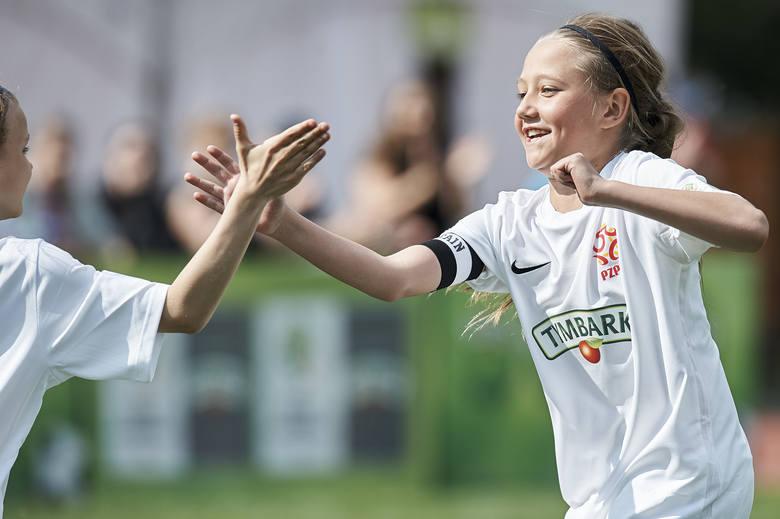 """Tymbark sponsorem głównym Turnieju """"Z Podwórka na Stadion o Puchar Tymbarku"""" przez kolejne 4 lata"""