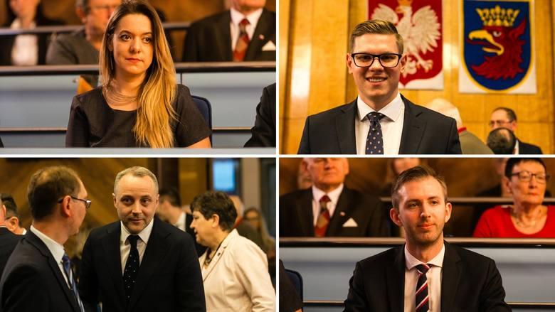 Dominika Jackowski, Patryk Jaskulski, Maciej Biskupski i Łukasz Kadłubowski z Koalicji Obywatelskiej wspólnie złożyli trzy interpelacje, w których wskazują