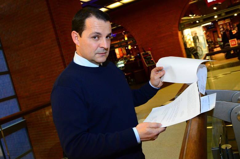 Jesus Ramon Davila Romero, kuzyn właściciela, przyjechał do Polski, by w końcu odebrać audi. Jest zdziwiony, że prokuratura przez kilka lat nie informowała