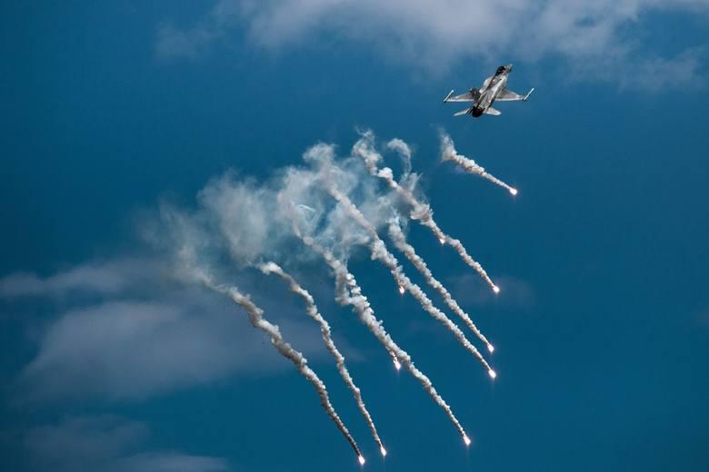 Samoloty F-16 będzie można podziwiać w Jasionce podczas Centralnych Pokazów Lotniczych 100-lecia Aeroklubu Polskiego