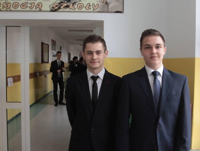 - Pytania na egzaminie nas nie zaskoczą – mówili Nikolas Zawal i Jakub Szymański, gimnazjaliści z klasy III C Publicznego Gimnazjum numer 13 w Radomiu,