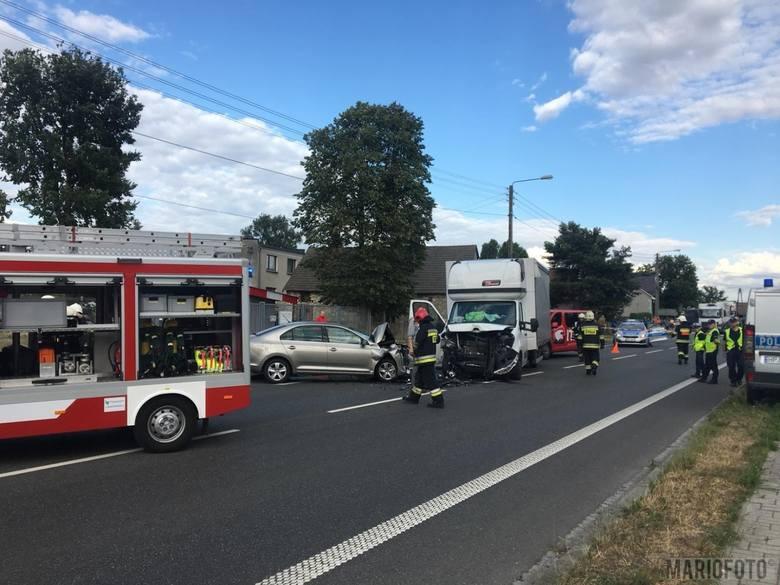 Wypadek w Nakle. Zderzenie trzech samochodów na drodze krajowej 94