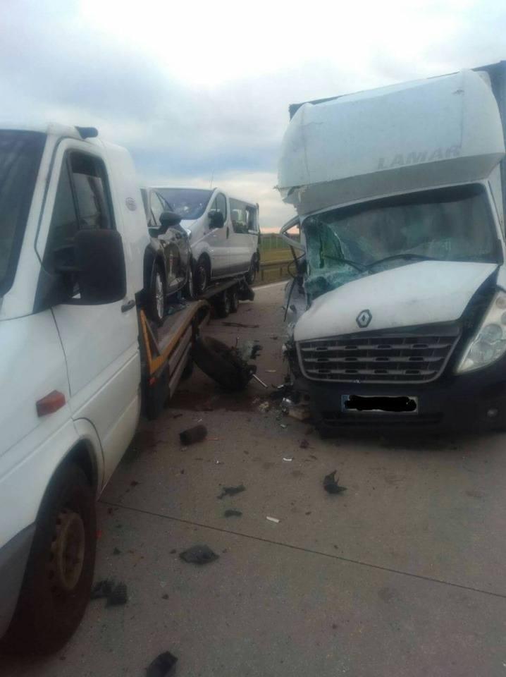 Dwa wypadki na autostradzie. A4 zablokowana przez wiele godzin