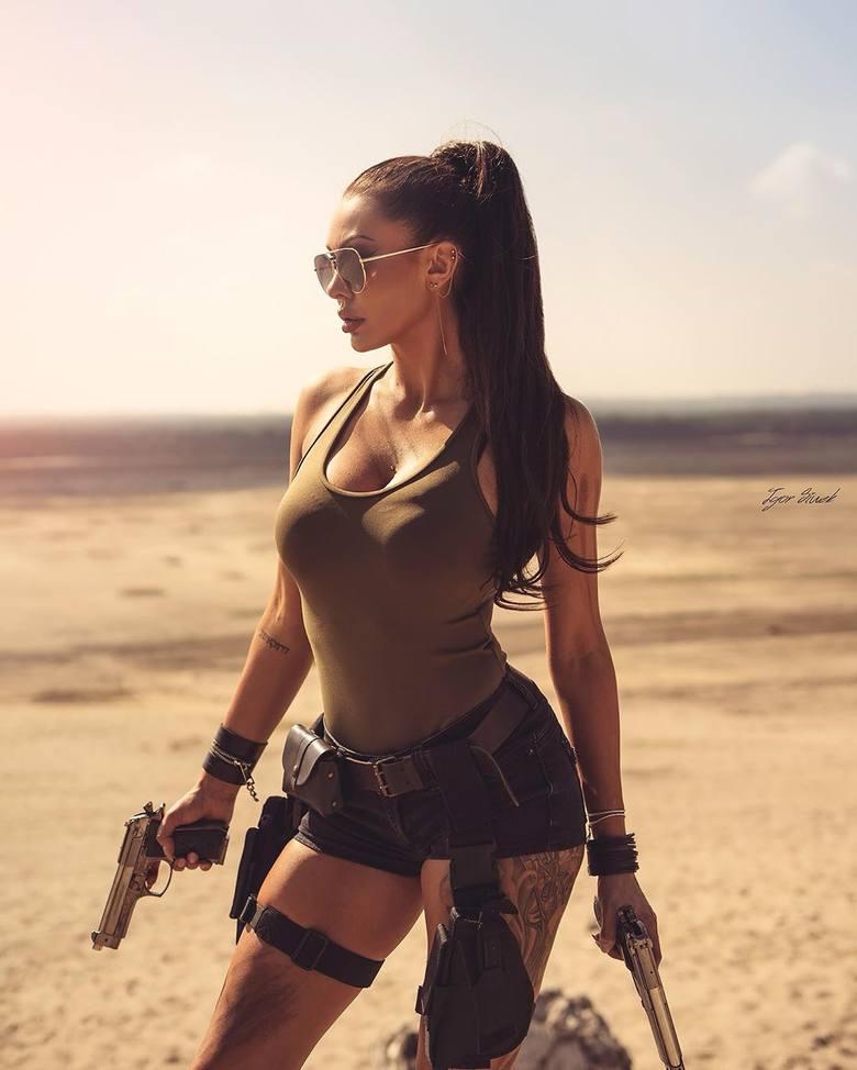 Polska Lara Croft, żona piłkarza Arki Gdynia, znów zaskakuje. Piękna Klaudia Danch pokazała nowe zdjęcia