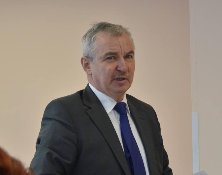 Wójt Jan Żebrak o rewitalizacji Charsznicy i planach na przyszłość