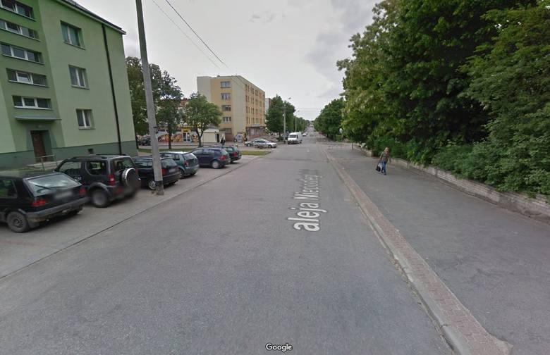 To ulica, przy której znajduje się wiele instytucji, a która jest w fatalnym stanie.