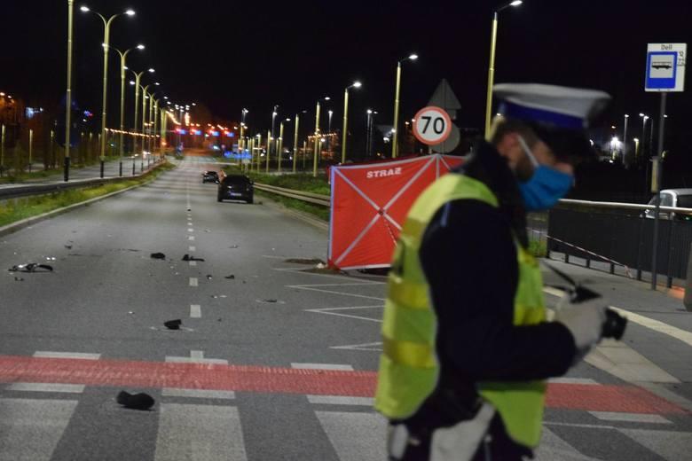 Pięć miesięcy wcześniej na ul. Ofiar Terroryzmu 11 września podczas nielegalnych wyścigów samochodowych zginął przypadkowy mężczyzna. 28-letni Ukrainiec