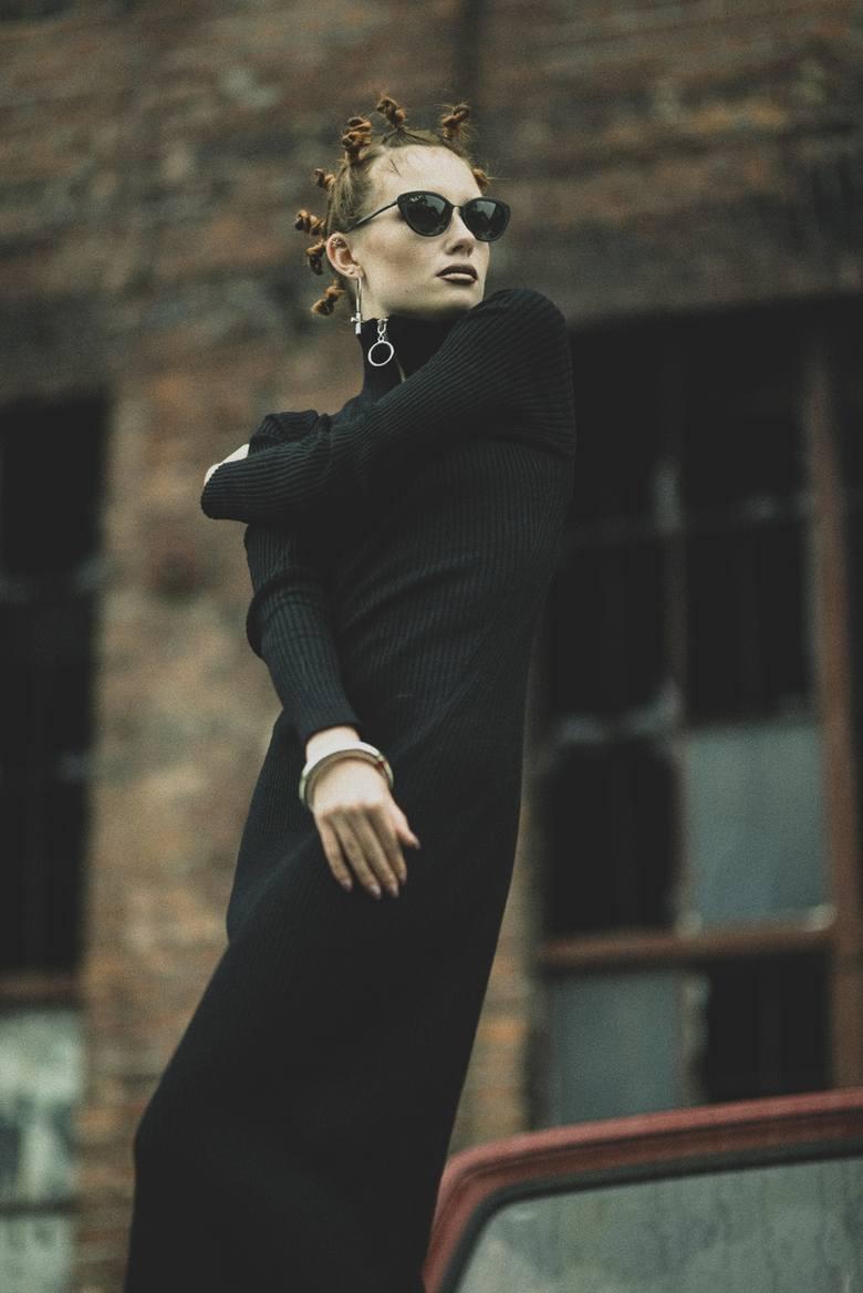 Futro EVC dsgn via Elska Polscy Projektanci sukienka Reserved Re.Designbiżuteria Ania Kuczyńskaokulary Ray Ban