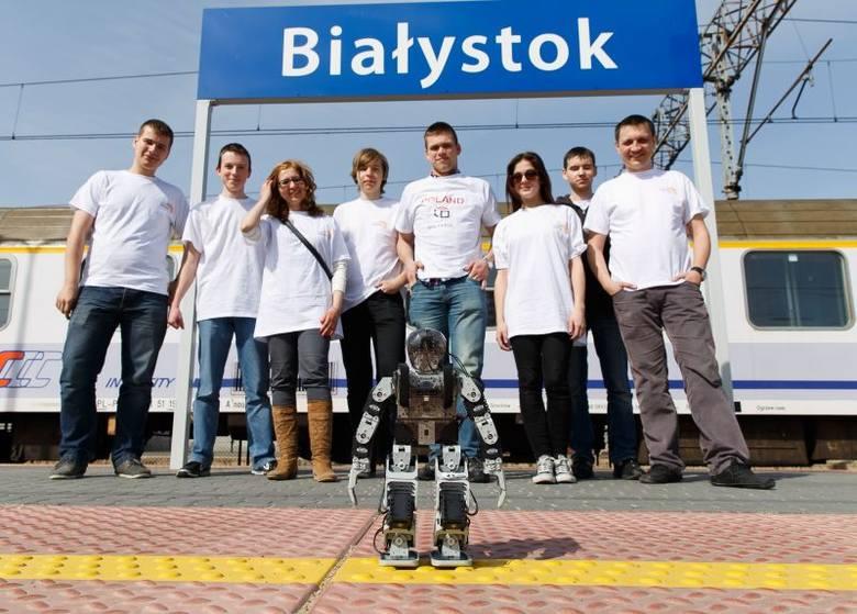 III LO. Robot Conqueror wygrał RobotChallenge w Wiedniu (zdjęcia)