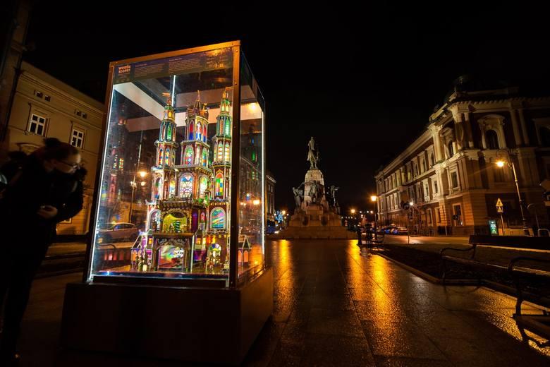 Niezwykłe szopki do zobaczenia na terenie całego Krakowa [GALERIA]