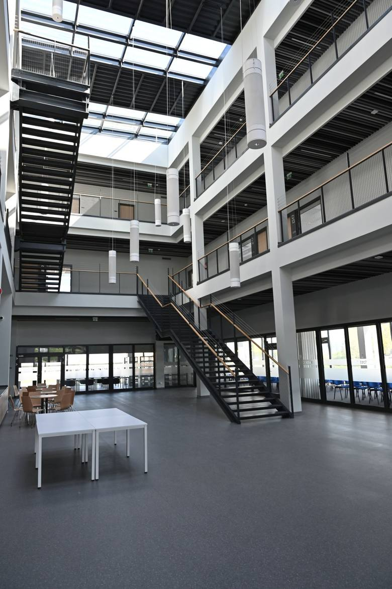 CK Technik w Kielcach nominowany jako najlepsza inwestycja w Polsce! Jako pierwsi pokazujemy ją od środka! Zobaczcie [WIDEO, ZDJĘCIA]