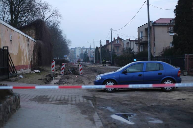 Bomba lotnicza odkryta w Łomży. Ewakuowano 400 osób. Bombę zabezpieczyli saperzy z Orzysza