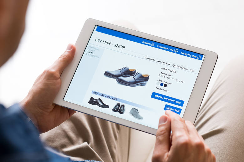 Zakupy internetowe to żadna nowość, jednak szczególnie warto postawić na nie w czasach, w których dla własnego bezpieczeństwa lepiej zostać w domu. Przez