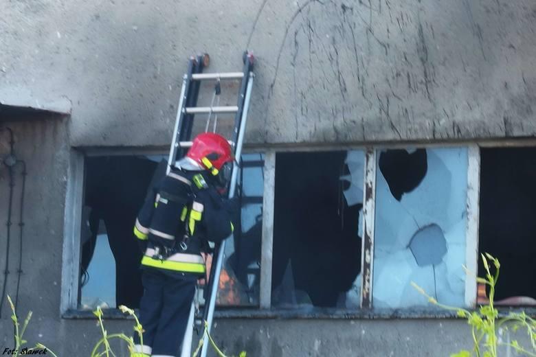 Podpalenie w budynku przy ulicy Okrzei w Stargardzie