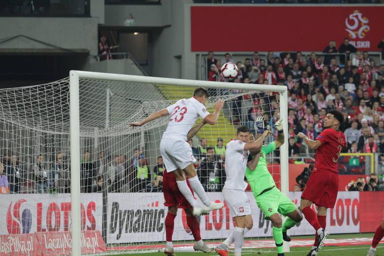 W drugim meczu Ligi Narodów Polska przegrała z Portugalią 2:3. Gole dla biało czerwonych strzelili Krzysztof Piątek i Jakub Błaszczykowski. Ten drugi