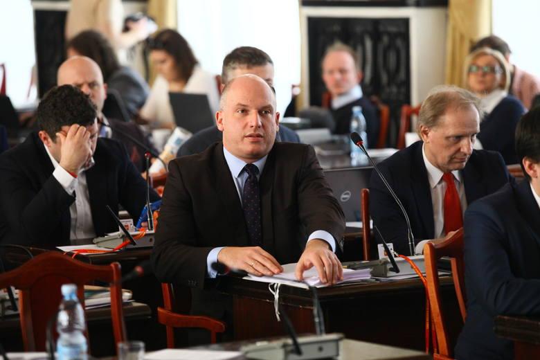 Reforma edukacji. Łódź nie będzie miała nowej siatki szkół [ZDJĘCIA,FILM]