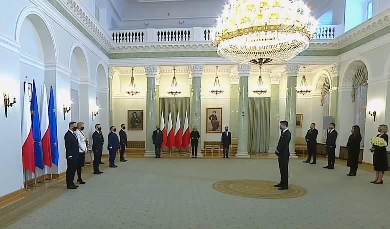 Robert Lewandowski odznaczony przez prezydenta Andrzeja Dudę Krzyżem Komandorskim Orderu Odrodzenia Polski