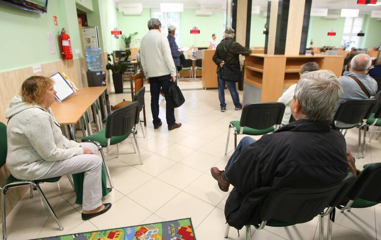 Emerytury stażowe wejdą w życie w przyszłym roku? Prezydent Andrzej Duda już po konsultacjach z ZUS.