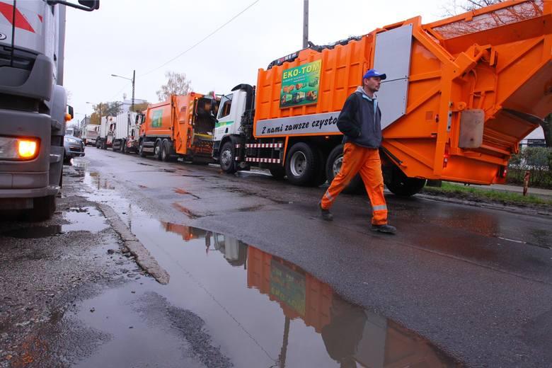 GOAP, który zajmuje się wywozem śmieci na terenie aglomeracji poznańskiej, opublikował specjalny poradnik. Znalazło się w nim 6 zasad postępowania z