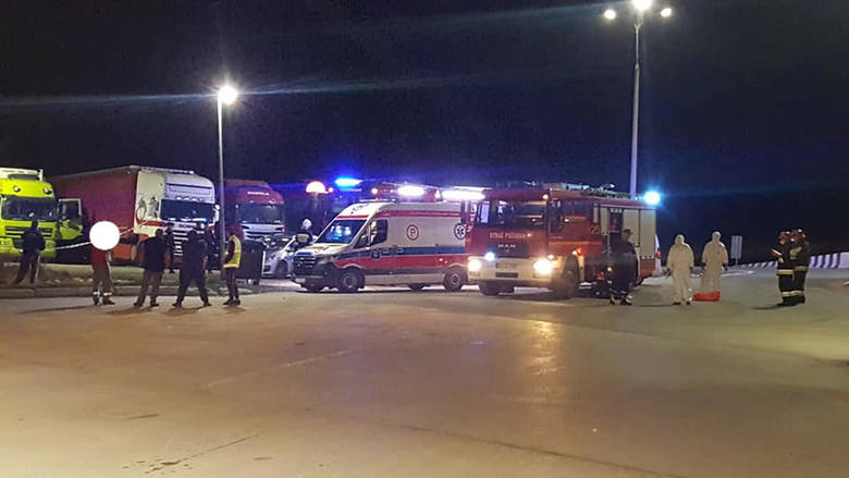 Śmierć na parkingu w Gotkowicach. Ciało kierowcy tira było w pojeździe od kilku dni