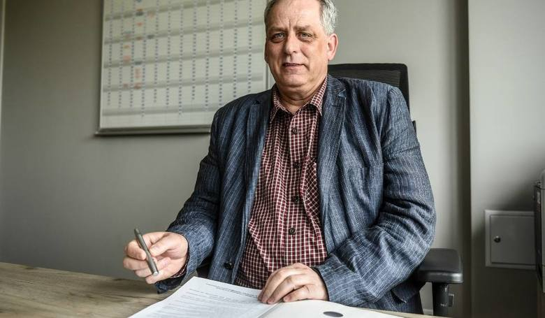 Według nieoficjalnych doniesień, ugodzie miedzy miastem a Zbigniewem Madońskim sprzeciwił się Jacek Jaśkowiak.
