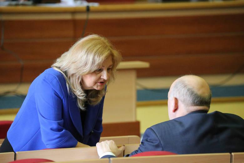 Podczas poniedziałkowej sesji Rady Miasta Białegostoku przegłosowane zostały niższe opłaty dla dużych rodzin za wywóz śmieci