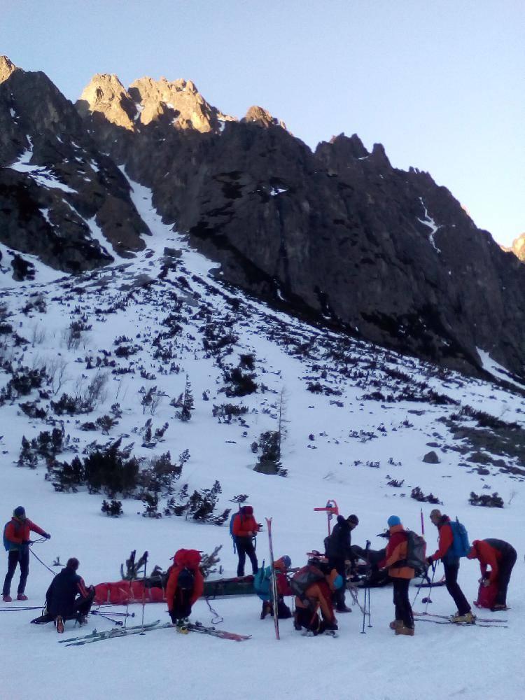 Tragedia w Tatrach, nie żyje 22-latek i osoba, która ruszyła mu na pomoc