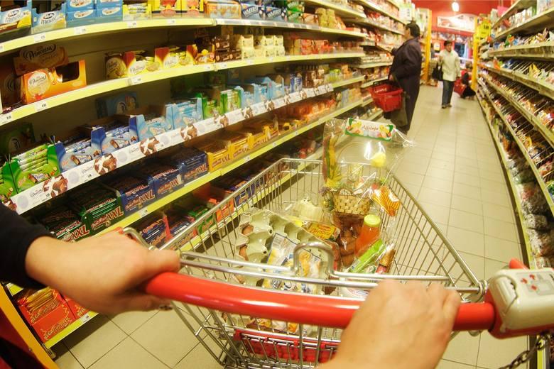 """Łódzka firma Listonic przygotowała """"Ranking sieci handlowych 2017"""". Pokazuje on, które sklepy były najczęściej odwiedzane przez klientów"""