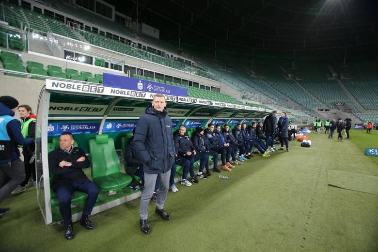 Nowy przepis, dający trenerom możliwość dokonania pięciu zamiast trzech zmian w meczu, sprawdził się w Bundeslidze. U nas nie zapadły jeszcze ostateczne