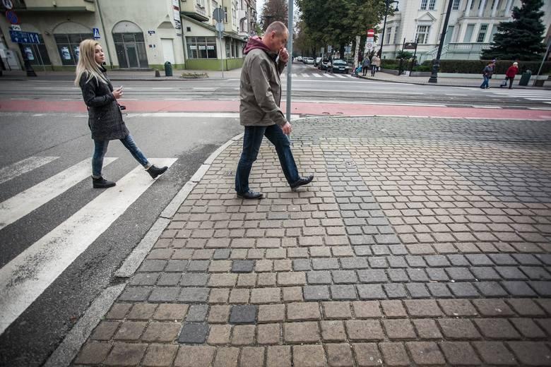 Chodniki na ulicy Gdańskiej 49-61Chodniki na ulicy Gdańskiej 49-61
