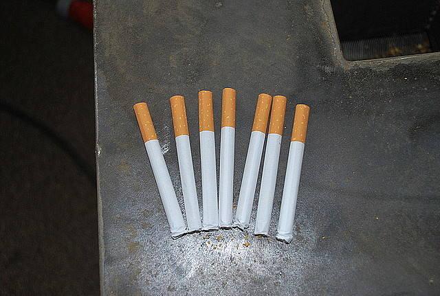 49-latka z Rzeszowa wyrabiała w domu papierosy [ZDJĘCIA]