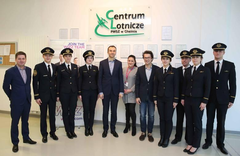 Studenci w Chełmie zdobędą doświadczenie i pracę u narodowego przewoźnika