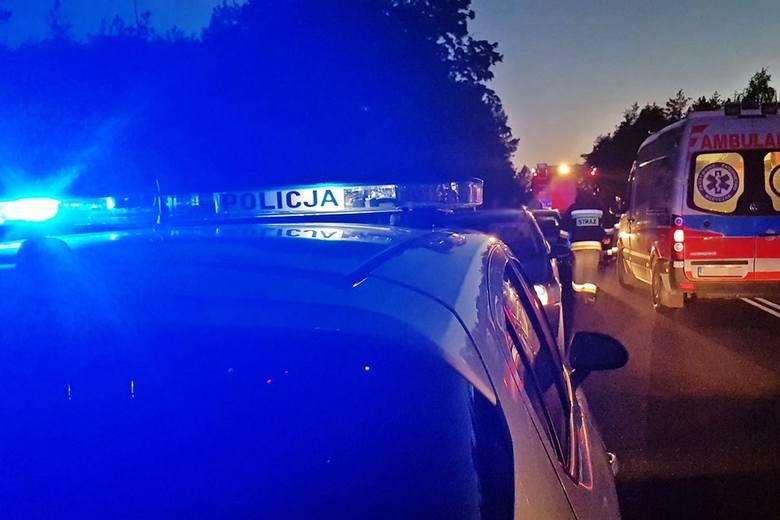 Tragiczny wypadek w Boćkach. Kierowca opla zginął na miejscu. DK 19 zablokowana