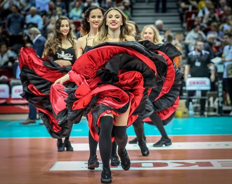 Cheerleaders Flex Sopot w akcji podczas meczu Trefl - Jastrzębski Węgiel. Zobacz zdjęcia!