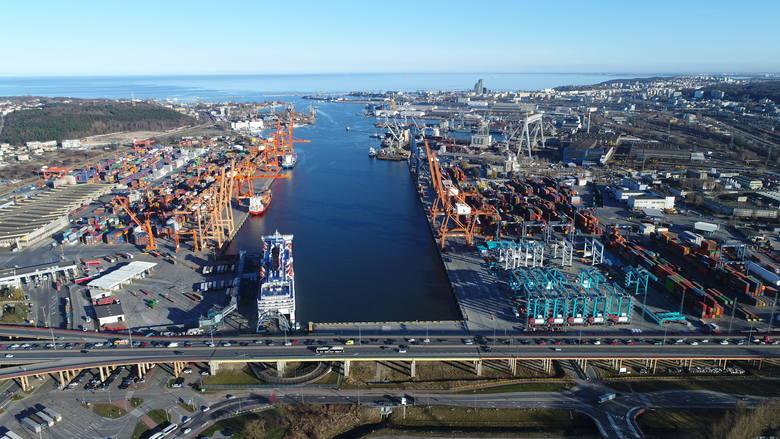 Port Gdynia z powodu pandemii wprowadził specjalne procedury