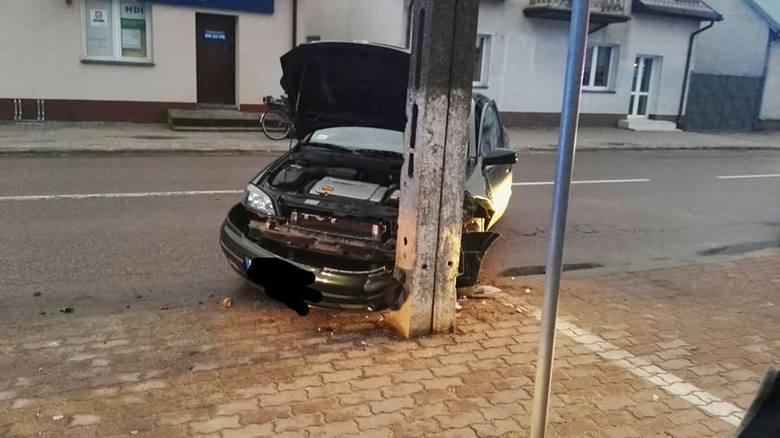 Do zdarzenia drogowego doszło we czwartek około godziny 14.42 w miejscowości Brańsk.