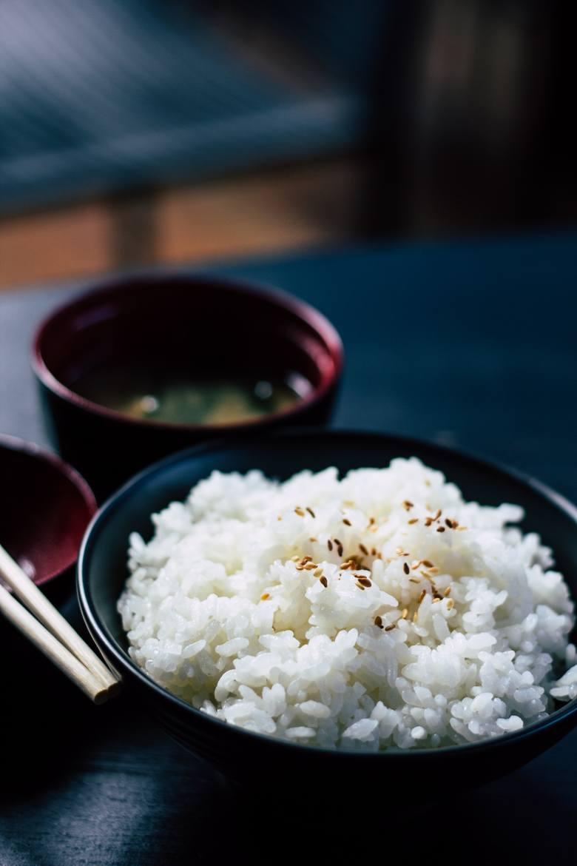 Dieta trzustkowa dopuszcza spożywanie białego ryżu, który powinien być dobrze ugotowany, a najlepiej rozgotowany do postaci kleiku