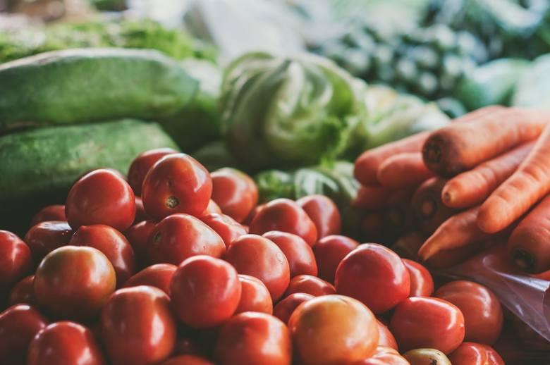 Amerykańska organizacja EWG co roku publikuje listę najbardziej skażonych pestycydami warzyw i owoców. To tzw. brudna 12. Co znalazło się w 2018 roku