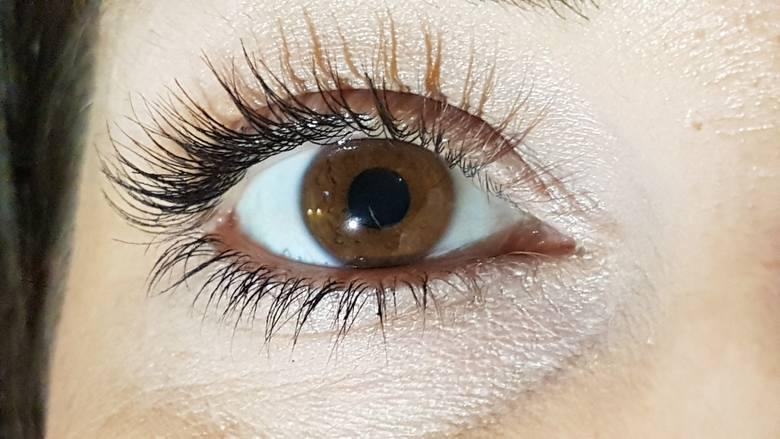 Tusz do rzęs to jeden z najważniejszych kosmetyków w każdej kobiecej kosmetyczce.