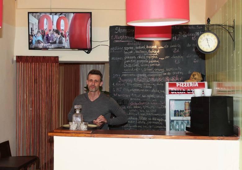 - Zapraszamy do naszego lokalu na tanie zestawy obiadowe – mówi Rafał Bujak.