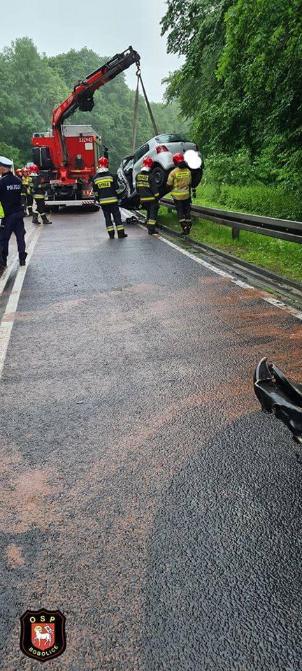 Do groźnego wypadku doszło na drodze krajowej nr 25 pomiędzy Bobolicami, a Porostem.