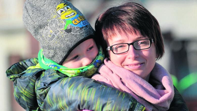 - Walczę i nie załamuję się, choćby dla mojego synka - mówi Katarzyna Tomczak Laskowska.