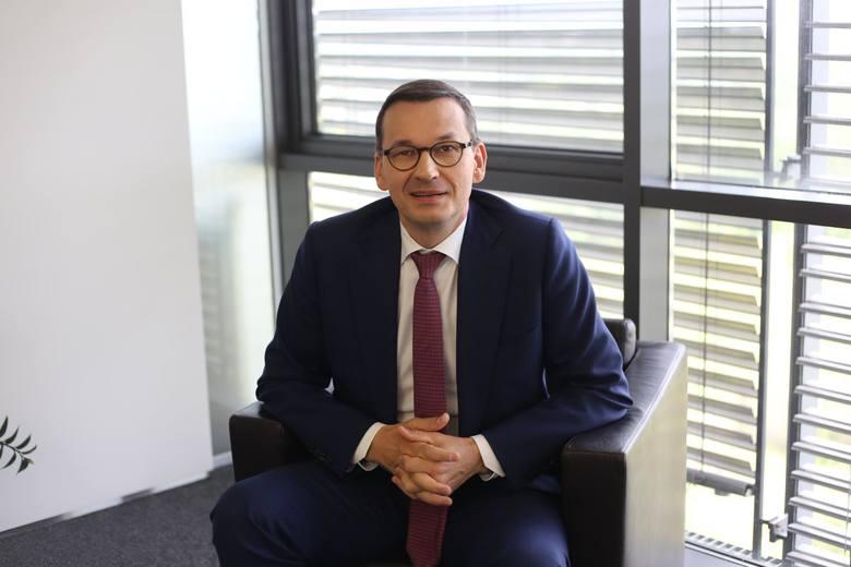 Wyjaśnienie przez premiera Mateusza Morawieckiego kwestii ozusowania osób prowadzących działalność gospodarczą i zapewnienie, że dotychczasowe rozwiązania