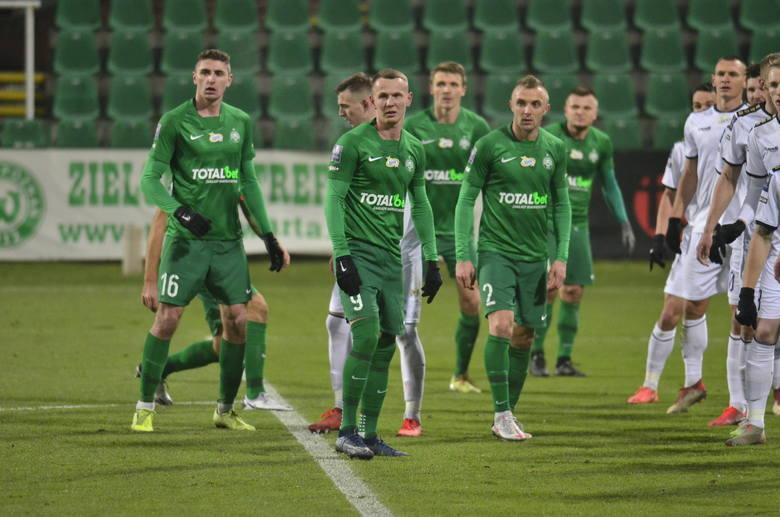 Warta Poznań niedzielnym meczem z Cracovią zakończy świetny sezon 2020/21 w PKO Ekstraklasie, w którym utrzymała się w lidze już w połowie kwietnia i